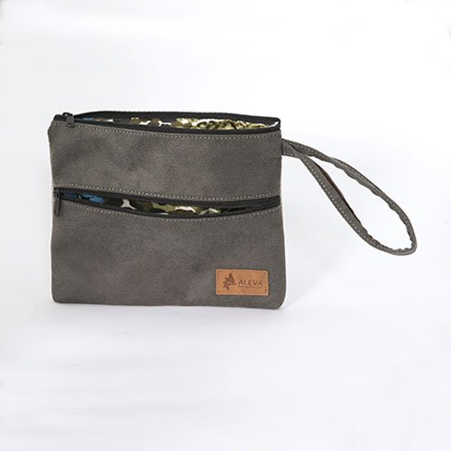 baily-wristlet-charcoal